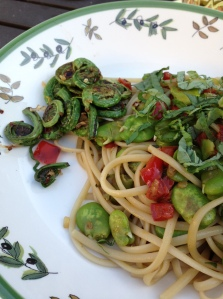 Fiddleheads made a great addition to a meatless Monday dinner eaten outside.