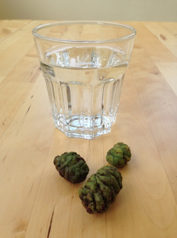To see the green cones go red, just grab a glass of water.